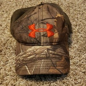 Underarmor hat